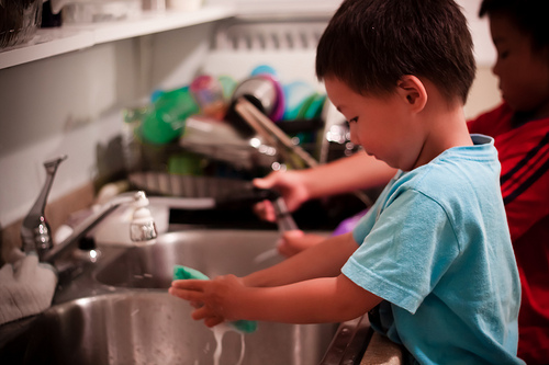 Two Critical Reasons Kids Should Learn to do Chores