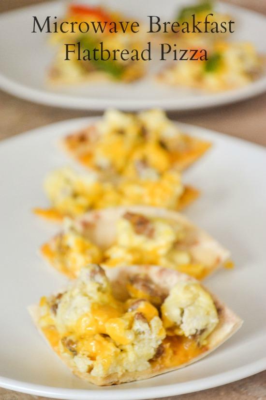 Microwave-Flatbread-Breakfast-Pizza