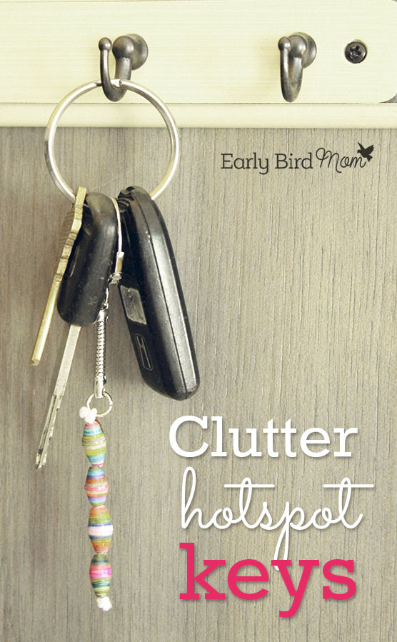 Is your keychain full of clutter? This quick decluttering project takes just 3 minutes. You'll be more organized and less weighed down by all that clutter.