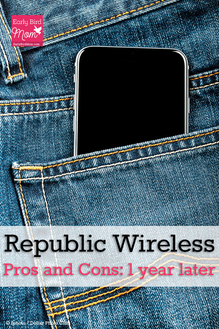 A review of the pros and cons of the Republic Wireless $10 phone plan by a fellow customer.