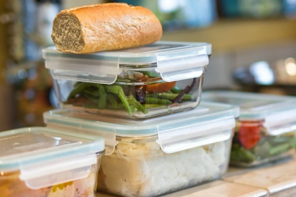 keep leftovers in glass containers - kitchen cleaning hack