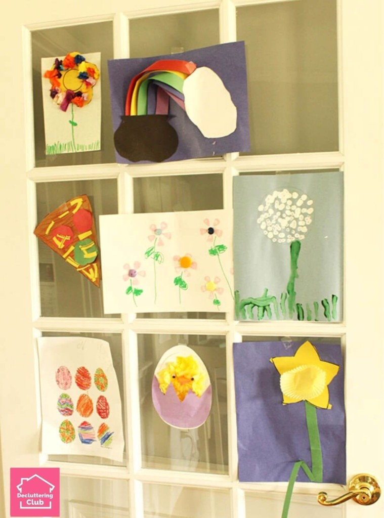 Enjoy your kids art with these fun and easy DIY artwork display ideas. Use them in a playroom or family room with art and other school papers. Love it!