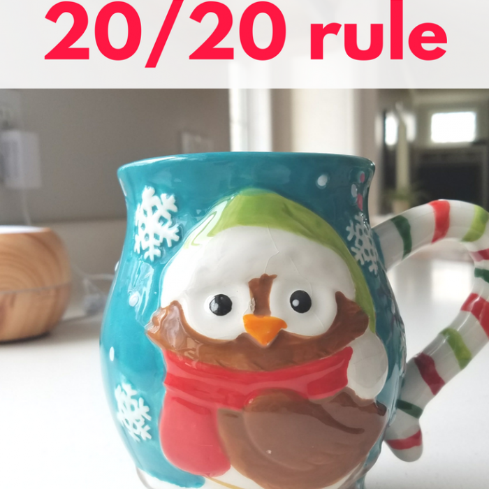 Using the 20/20 rule to make decluttering decisions