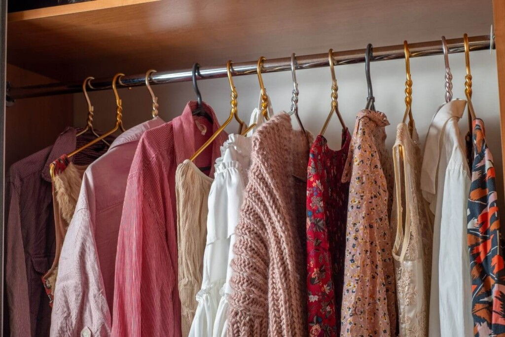 help me declutter my wardrobe