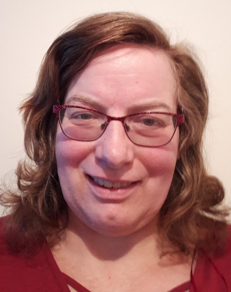 Decluttering School Network Coach Karen Mace